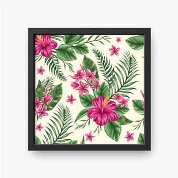 Zusammensetzung mit Blättern und rosa Blüten auf beigem Hintergrund