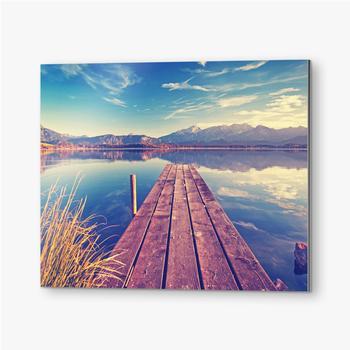 Bilder auf Alu-Dibond Pier über den See vor dem Hintergrund der Berge
