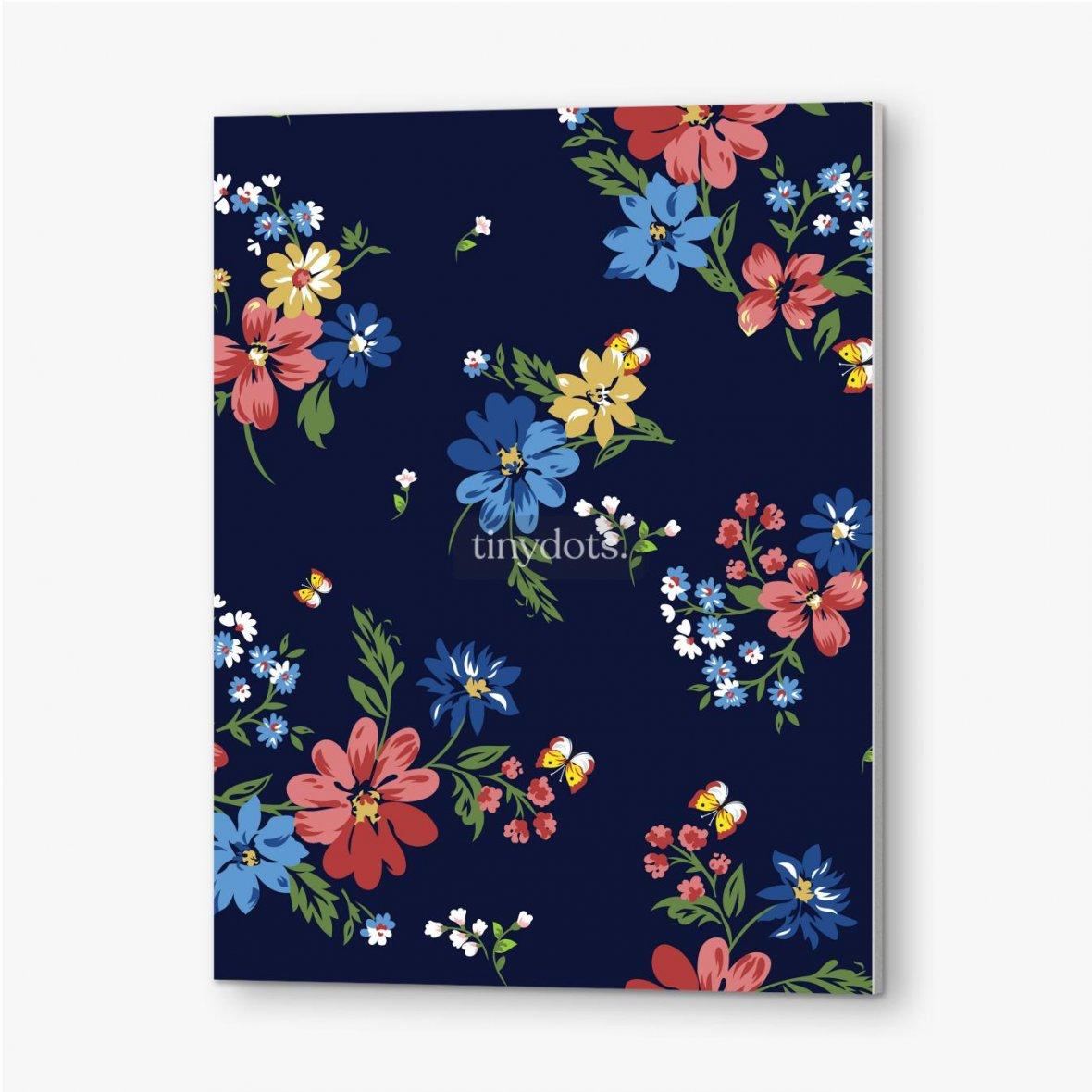 Bilder auf PVC Buntes Blumenmuster auf einem dunkelblauen Hintergrund