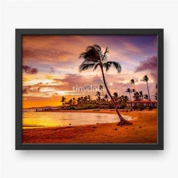 Zachód słońca nad morzem na Hawajach
