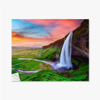 Selbstklebende Poster Sonnenaufgang auf Seljalandfoss Wasserfall auf Seljalandsa Fluss, Island, Europa. Erstaunliche Aussicht von innen. Landschaftsfo