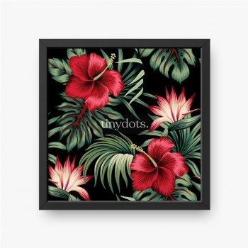 Tropischer Weinlese-roter Hibiskus und Strelitzia-Blumengrünpalmenblätter nahtloser Musterschwarzer Hintergrund. Exotischer Dsch