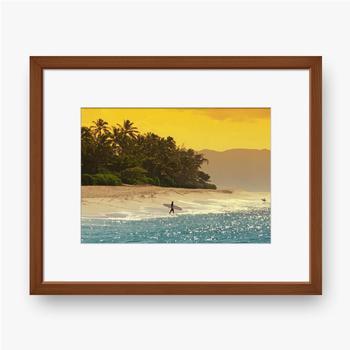 Gerahmte Poster Surfer am Strand in Hawaii