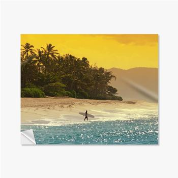 Selbstklebende Poster Surfer am Strand in Hawaii