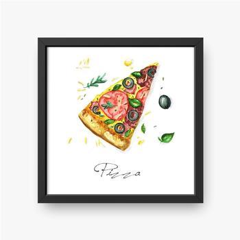 Porcja pizzy z oliwkami