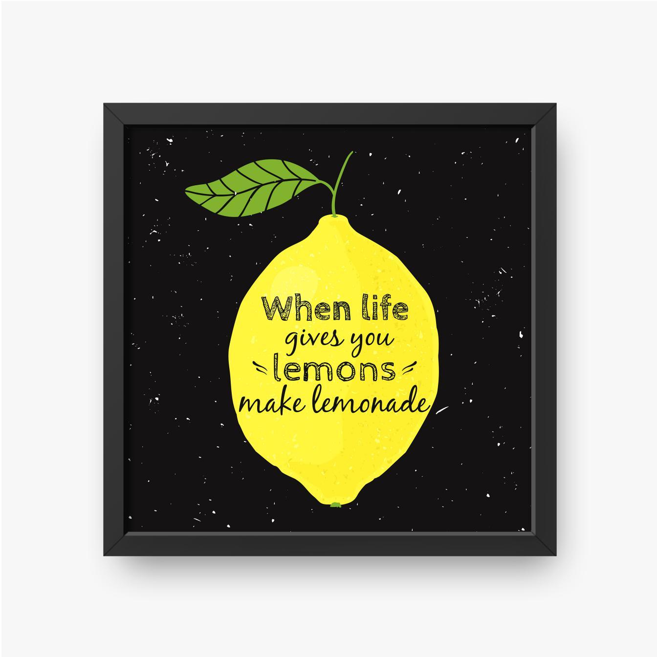 Żółta cytryna z tekstem w środku