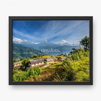 Wioska w Himalajach w Nepalu