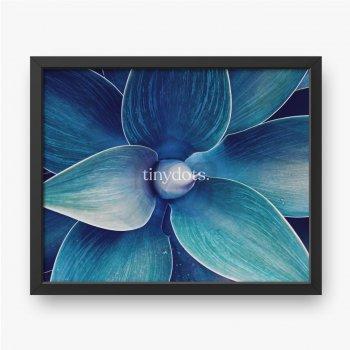 Abstrakte ultraviolette Agavenpflanze Blumenmuster Drachenbaum, Blaufuchsschwanzagave Blumengrünmuster Draufsicht